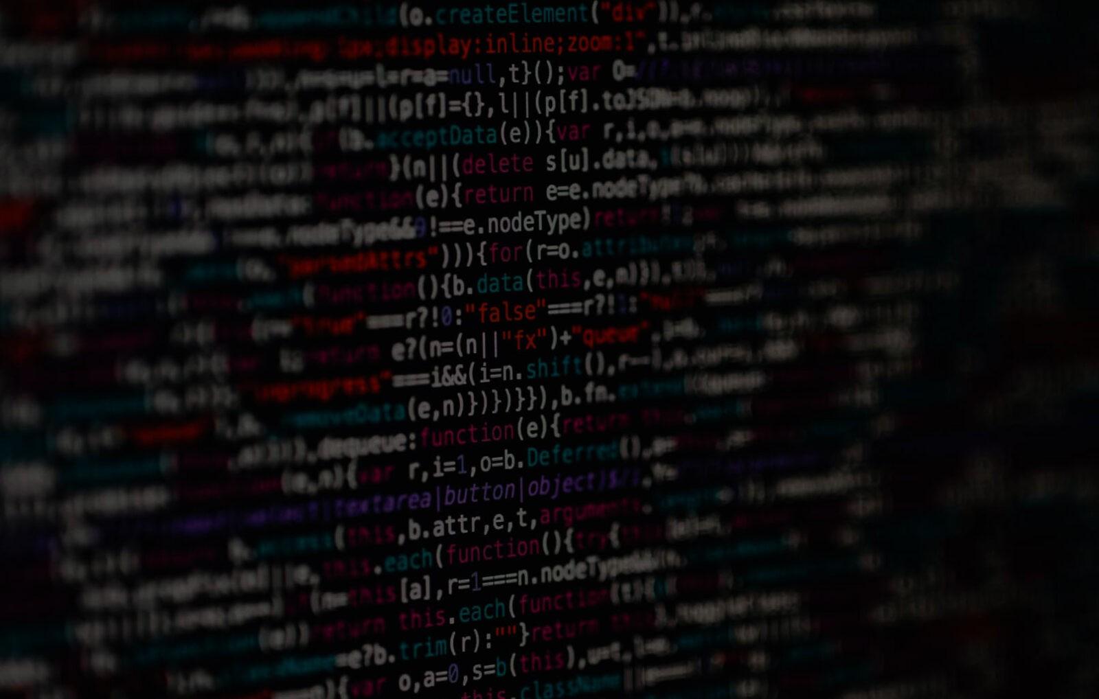 linee di codice malevolo che viola i dati personali